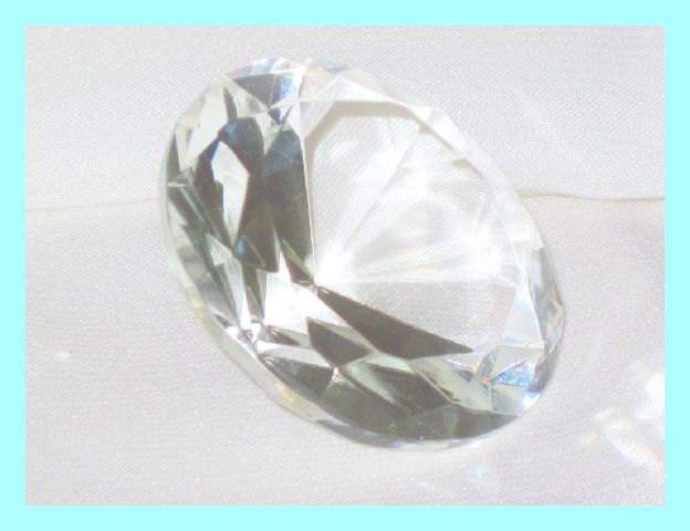 Kristall-Glas-Diamant-geschliffen-Weiss-Klar-10-cm
